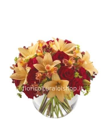 Mazzo Di Fiori E Piante.Mazzo Di Lilium E Rose Fiori A Pula Invio E Consegna Fiori E